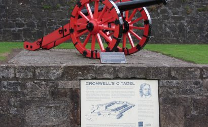 Red gun on display at Cromwell's Citadel